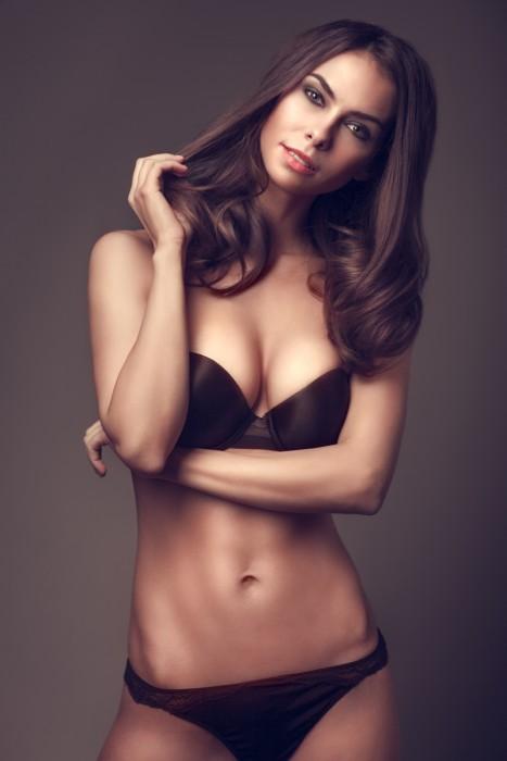 Sexy pakistan Frauen Modelle Bilder