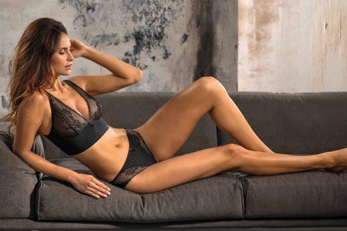 Nina von C. fall_winter 2017 marketing_5881cd75a4cd175436735650 original